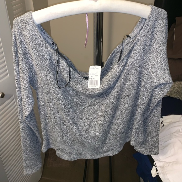 Forever 21 Tops - Clothes